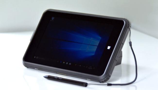 Captec-Tablet-VT681-angle-DSC_8052